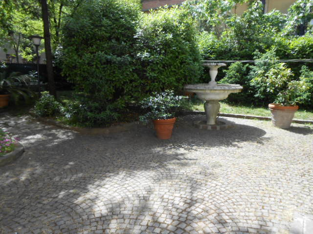 Off 817 vend casa for Lucernari calpestabili velux