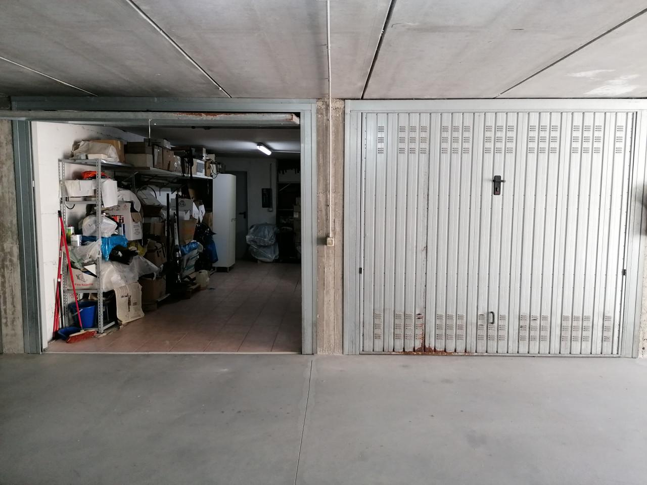 016__due_garage_con_accesso_diretto_casa__4
